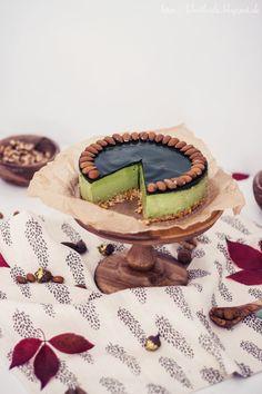 almond walnut matcha cheesecake