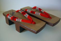 Geta wooden thong sandals, cherry wood, vintage Japanese geta