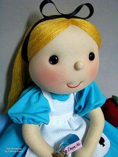 """""""Alice"""" by Tata Bonecas, via Flickr"""