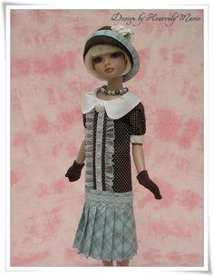 Tonner-Ellowyne-Wilde-OOAK-Outfit-1920s-One-Piece-Dress-by-HeavenlyMarie via eBay  SOLD 7/7/13  $394.99