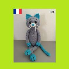 Crochet Kawaii, Chat Crochet, Crochet Amigurumi, Dinosaur Stuffed Animal, Creations, Etsy, Animales, Birds, Tuto Doudou