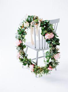 Spring Wedding Dress Inspiration, photo: birgit hart flowers: petra mueller blumen