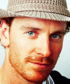 I saw that Ginger Guy in the bus again... He was wearing a hat Like this, and his beard was on Fire Like Fassy beard!!!