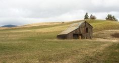 Palouse Barn by Tracy J. Thomas