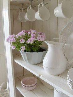 romantic cottage X ღɱɧღ Shabby Chic Kitchen, Shabby Chic Cottage, Shabby Chic Homes, Cottage Style, Cottage Design, Cool Ideas, Cottage Living, Cottage Homes, Jeanne D'arc Living