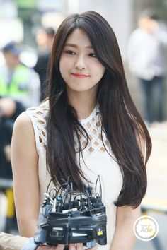 ( *`ω´) If you don't like what you see❤, please be kind and just move along. Seolhyun, Kpop Girl Groups, Kpop Girls, Korean Beauty, Asian Beauty, South Korean Women, Singer Fashion, Pretty Korean Girls, Kim Seol Hyun