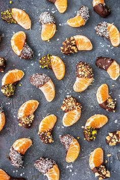 Mandarines enrobées de chocolat - Dessert - The Effective Pictures We Offer You About pizza recipes A quality picture can tell you many things - Fruit And Vegetable Diet, Fruits And Vegetables, Vegetables List, Citrus Fruits, Fruit Recipes, Snack Recipes, Fruit Snacks, Keto Fruit, Healthy Recipes