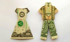 ¿Dónde puedo vender ropa usada? Aquí tienes 8 lugares para hacerlo ►http://trucosyastucias.com/trucos-para-ganar-dinero/donde-puedo-vender-ropa-usada