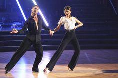 Zendaya and Val Chmerkovskiy dance the Samba