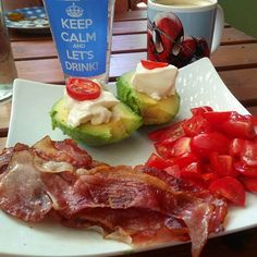 Avocado time  #paleo #primal #eatclean #atkins #dukan #foodgasm #foodporn #glutenfree #healthy #ketosis #lowcarbhighfat #lowcarb #lchf #lc  #nomnom #keto #ketogenic #kitchenbowl  #fitfam #weightloss #fitness #bacon  #sport #workout  #weightlossjourney #lowcarbdeutschland  #lowcarbgermany #avocado #avocadolove by mrs.avocado