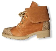 Timberland Boots, Shoes, Fashion, Leather, Moda, Zapatos, Shoes Outlet, Fashion Styles, Shoe