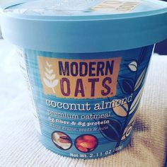 Slip out of slushy Sundays and into an island state of mind with this new modern oatmeal blend of authentic whole shredded Filipino coconut and California almond slivers. Certified Gluten-Free Whole Grain Rolled Oats, Organic Cane Sugar, Organic Coconut Sugar, Filipino Coconut, California Almonds and Chia Seeds.