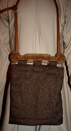 Love this!!! I must learn to make one :-) Viking bag 3 by ~DarkSunTattoo on…