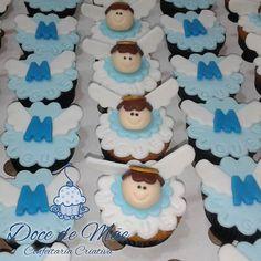 Uma legião de anjos para o Miguel!  Cupcakes em Curitiba. #Cupcake #CupcakesDecorados #CupcakesModelados #CupcakeBatizado #CupcakesPersonalizados #CupcakeAnjinho #CupcakeAnjo #CupcakeCuritiba  #CakeDesignerCuritiba #CakeDesigner #DocesPersonalizadosCuritiba #DoceGourmetCuritiba #DoceGourmet #DoceDeMãe #CenouraComGanache  [#ChocolateComTrufaDeLimão #Curitiba #CWB #CWBFood #DocesFinos #ConfeitariaArtesanal #ConfeitariaArtística #ConfeitariaCriativa #Batizado