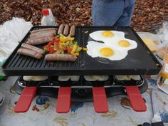 On the Velata Raclette - Sausage, Peppers and eggs. Bottom - Little bit of butter with sliced potatoes with salt and pepper to taste. Http://MichelleClemmer. Raclette Party, Fondue Party, Chocolate Dipped, Melting Chocolate, Crepes, Chocolates, Meat Rubs, Sliced Potatoes, Delicious Chocolate