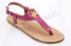 Ένα άνετο και σταθερό #χειροποίητο_δερμάτινο_παπούτσι, κατάλληλο για όλες τις καλοκαιρινές ώρες! #handmade #greek #leather #sandals #leather_sole #Hellenic_Sandals #H_S Για περισσότερες πληροφορίες επισκεφθήτε το ηλεκτρονικό μας κατάστημα: http://www.hellenicsandals.gr/ergastiri%CE%BF-sandaliwn