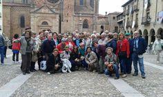 Visita guiada a la villa medieval de Sigüena con un grupo amigo de Jaén. Si queréis visitar la ciudad, podéis contactar con Guiados a través del formulario de contacto de la web www.guiadosenguadalajara.es o ✆ 679 97 65 03.