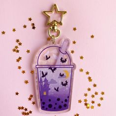 Acrylic Keychains, Acrylic Charms, Resin Charms, Diy Resin Crafts, Crafts To Make, Stocking Stuffers For Her, Iphone Wallpaper Tumblr Aesthetic, Cute Keychain, Creepy Cute