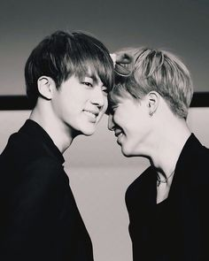 @FactsGuide: Psychology: Distance doesn't necessarily ruin a relationship. You don't have to see someone everyday to be in love. #BTS #Jin #Jimin