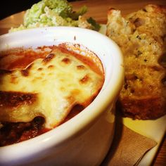 via @tendergreenswalnutcreek: #TGWC Ricotta and Swiss Chard Cannelloni with Rustic Tomato Sauce Fresh Pasta Sheets Parmesan Cheese Bechamel Lapin and Chicken Sausage served with a Romaine Salad with Caesar Dressing and Chessy Garlic Toast #yum #TenderGreens #EastBay #WalnutCreek #farmtofork #BayArea #TG