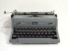 Refurbished Royal Typewriter Working Royal Quiet by ReCreative85