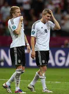 Marco Reus Photos - Marco Reus (L) and Toni Kroos of Germany show their dejection after the UEFA EURO 2012 semi final match between Germany and Italy at the National Stadium on June 2012 in Warsaw, Poland. - Germany v Italy - UEFA EURO 2012 Semi Final German Football Players, Germany Football Team, Germany Team, Dfb Team, Euro 2012, Toni Kroos, National Stadium, Wembley Stadium, Semi Final