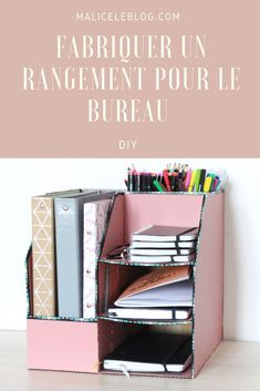 DIY pour ranger son bureau I offer a DIY cardboard storage to organize his office. I made a compartment for binders and large notebooks, compartments for pencils, felt-tip pens, pen and storage for notebooks or other things. Cardboard Organizer, Cardboard Storage, Diy Storage Boxes, Desk Organization Diy, Cardboard Boxes, Cardboard Crafts, Diy Desktop Organizer, Diy Stationery Organizer, Diy Organizer