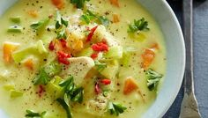 Curry Soup – The soup is simply so easy to make and tastes great! Soup Recipes, Dinner Recipes, Cooking Recipes, Healthy Recipes, Danish Food, Recipes From Heaven, I Love Food, Food Inspiration, Food And Drink
