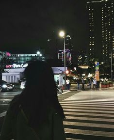 the cool air digs into my lungs, it's not fear i feel but freedom Night Aesthetic, City Aesthetic, Aesthetic Girl, Aesthetic Photo, Mode Ulzzang, Ulzzang Girl, Dark Black, Grunge Fashion Soft, Soft Grunge