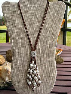 Pearl & Leather Lariat Necklace on Etsy Pearl Jewelry, Beaded Jewelry, Handmade Jewelry, Jewelry Necklaces, Jewellery, Bracelets, Leather Necklace, Diy Necklace, Leather Jewelry