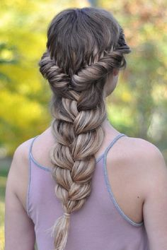 Braids are real quick instant solution to manage your hairs. They are like one box solution with little specific details which adds an beauteous looks.