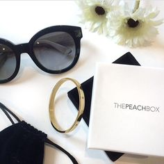 A little bit of Golden Luxe! @janicoo featuring our Gold Urban Hardware Bangle! Thanks for the great shot! #thepeachbox #luxe #armcandy #armswag
