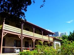 The Barnacle Historic State Park. Need a refuge from the hustle and bustle of modern life? Find it in the heart of Coconut Grove at The Barnacle Historic State Park. Nestled alongside beautiful Biscayne Bay, this park gives you an authentic experience of Old Florida. The Barnacle was the home of Commodore Ralph Middleton Munroe, one of Coconut Grove´s most charming and influential pioneers.