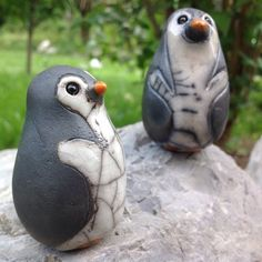 Etsy - Shop for handmade, vintage, custom, and unique gifts for everyone Raku Pottery, Pottery Art, Ceramic Birds, Ceramic Clay, Animal Sculptures, Sculpture Art, Penguin Art, Pottery Animals, Play Clay