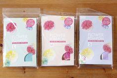 【おうちでパーティー】フワラーポムで華やかデコに挑戦してみよう!! - ライブドアニュース Flowers, Royal Icing Flowers, Flower, Florals, Floral, Blossoms