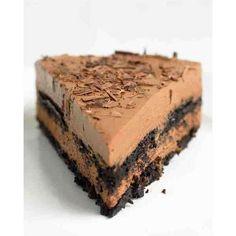 Μια πανεύκολη συνταγή για ένα δροσερό σοκολατένιο γλύκισμα. Σοκολάτα και ρικότα με στρώσεις μπισκότου που σίγουρα να σας ενθουσιάσει με την υπέροχη ανάλαφρ
