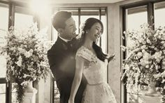 Baek Ji Young and Jung Suk Won's Gorgeous Wedding Photos