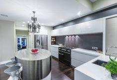 95 Luxury Large Modern White Kitchen with White Cabinets Ideas - HomeCNB Glamour, Laundry In Bathroom, White Kitchen Cabinets, Oriental, Cool Kitchens, Pantry, Designer, Kitchen Decor, Interior Design