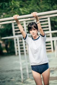 Korea, Girl Couple, Japan, Cute Girls, Teen, Running, Couples, Boys, Fitness