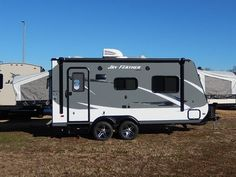 2016 New Jayco JAY FEATHER 19H Travel Trailer in Minnesota MN.Recreational Vehicle, rv, New 2016 Jayco Jay Feather X19H expandable camper with 2 fold down tent ends.Just like the little engine that could, the Jay Feather packs a mighty punch in a small package. With an exterior length of just 21 feet, the Jay Feather is our most lite weight, compact model, perfect for quick trips and weekend getaways.After a heavy workload during the week, wouldn't it be nice to take off and feel light as a…