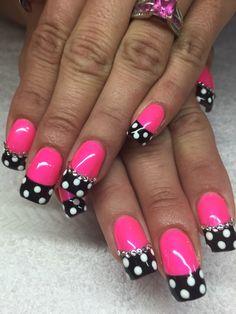 Hot pink and black with polkadots #Nails #NailArt