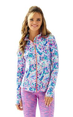 The Serena fitted jacket is a new addition to the Luxletic line. This printed jacket with mesh inserts and a thumbhole is ideal for every day life. Some days are best spent in easy, comfort - but in true Lilly fashion - this is the elevated and printed version we crave.