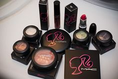 mac barbie collection I love the barbie blush for an every day blush. Although I can't find where mine went . Best Mac Makeup, Love Makeup, Beauty Makeup, Amazing Makeup, Hair Makeup, Barbie Make-up, Barbie World, Barbie Party, Barbie Life