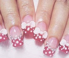 Google Image Result for http://data.whicdn.com/images/24576996/art-bows-diamonds-minnie-mouse-nail-art-Favim.com-327769_thumb.jpg