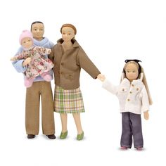 Melissa & Doug Victorian Doll Family, Dollhouse Accessories Poseable Play Figures, Scale, Great Gift for Girls and Boys - Best for 8 Year Olds and Up) Dollhouse Family, Dollhouse Dolls, Dollhouse Miniatures, Victorian Dolls, Victorian Dollhouse, Doll Painting, Family Set, Melissa & Doug, Vinyl Dolls