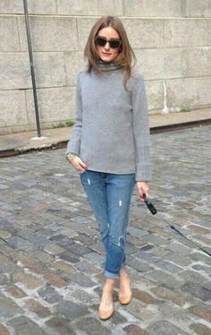 7808daaf5b7 Boyfriend jeans and oversized grey jumper