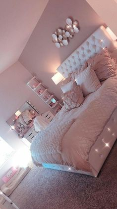 Lovely Pink Bedroom Design Ideas That Inspire You The pink bedroom looks amazing that most of us use the color for the nursery room, girl's room, and others. Read Lovely Pink Bedroom Design Ideas That Inspire You Pink Bedroom Design, Cute Bedroom Ideas, Room Decor Bedroom, Girl Bedroom Decor, Bedroom Decor, Stylish Bedroom, Room Makeover, Room Ideas Bedroom, Bedroom Design