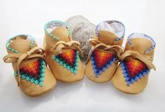 Hey, I found this really awesome Etsy listing at https://www.etsy.com/uk/listing/206230354/native-american-beaded-baby-moccasins