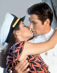 """Debra Winger and Richard Gere in """"An Officer and a Gentleman"""" Richard Gere, Old Movies, Great Movies, Debra Winger, An Officer And A Gentleman, Movie Kisses, Perfect Kiss, Kissing Scenes, Love Scenes"""