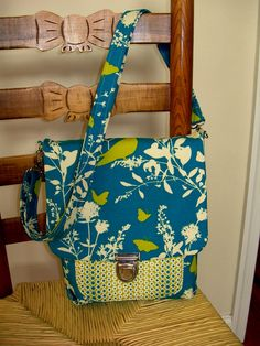 March is well on it& way to becoming a little bit of spring so it& time to share with you the bags my testers made when checking my March . Rash Cream, Big Handbags, Denim Bag, Changing Pad, Bag Storage, Bag Making, Convertible, Purses And Bags, Diaper Bag